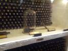 Beciul de la Cricova, Sticla de un milion de dolari